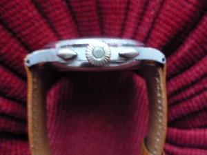 Présentation Chronographe Berthoud ( Alias Universal Genève ) calibre 385 dans Générale bertho143851-300x225