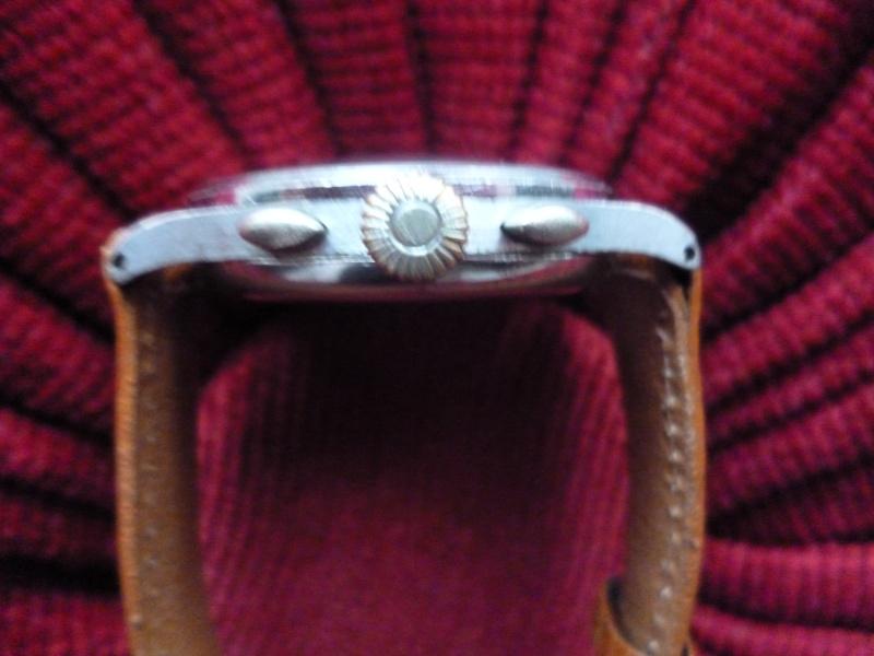 47ad7fabbb21d Présentation Chronographe Berthoud ( Alias Universal Genève ) calibre 385  dans Générale bertho143851-300x225 ...